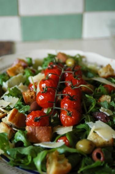 Mediterranean Västerbottensost Salad