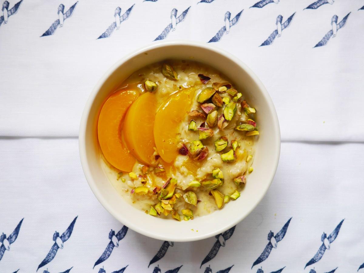 Peach and Pistachio Porridge