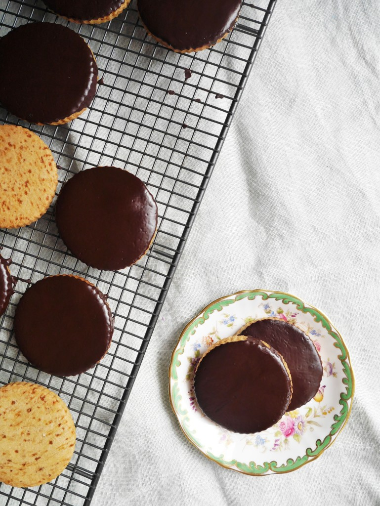 Dark Chocolate and Ginger Coconut Sugar Cookies | Cate in the Kitchen