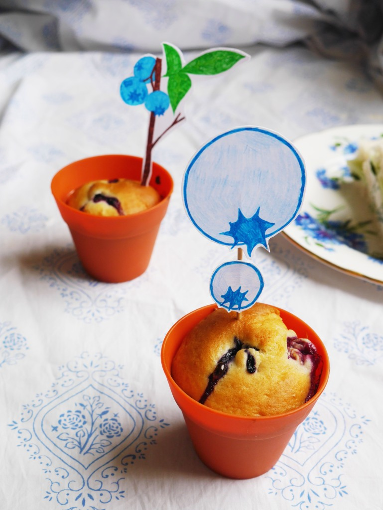 Blueberry Muffins with DIY Cake Toppers | Cate in the Kitchen