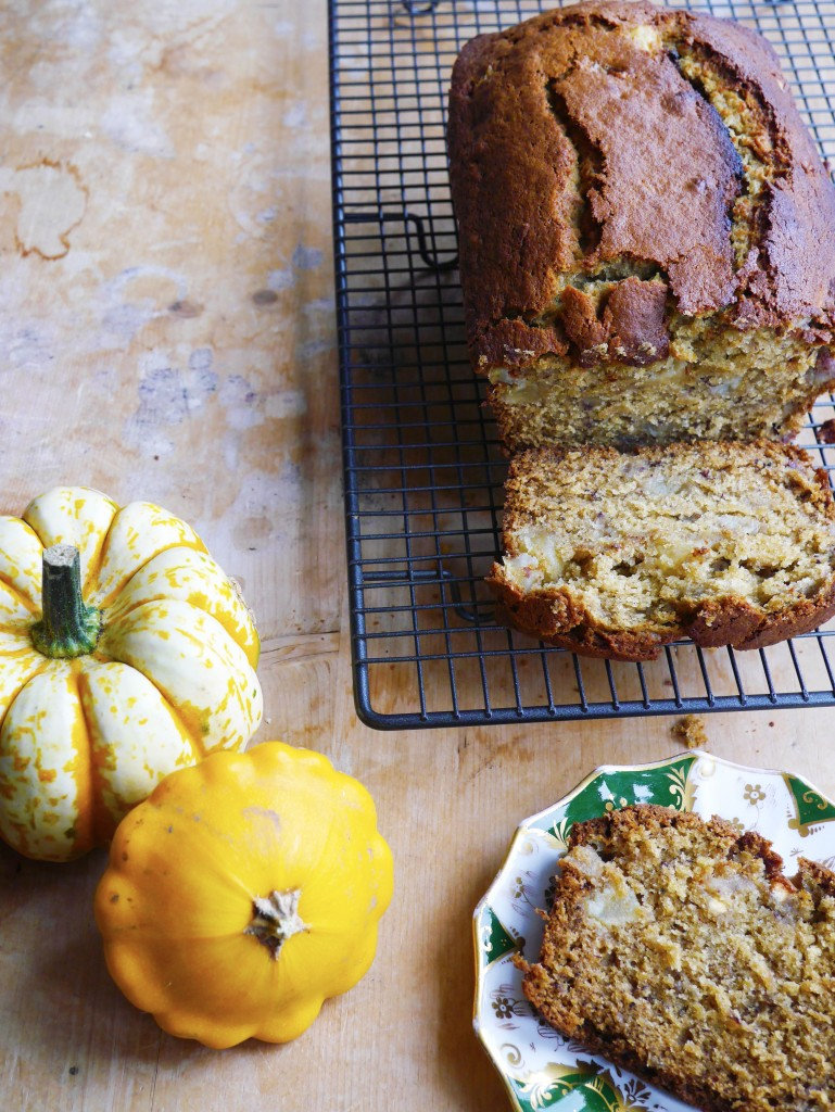Autumnal Dairy-Free Banana Bread