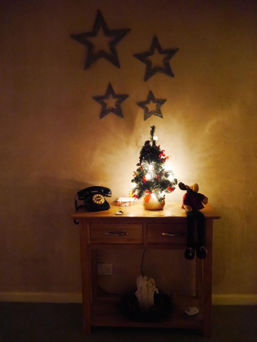 christmastreeinhallway