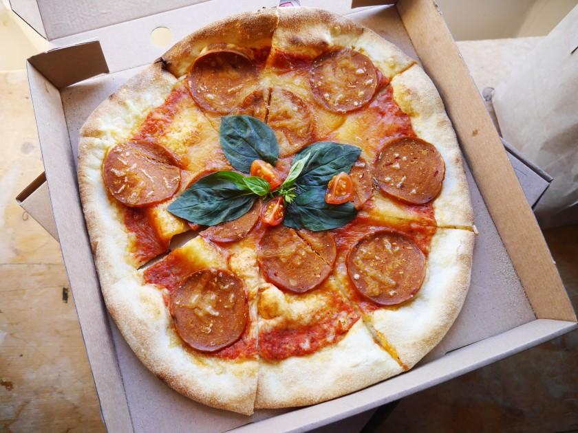 Purezza Review   Vegan Pepperoni Pizza