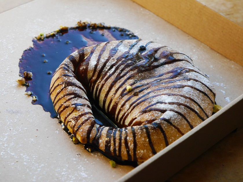 Purezza Review | Vegan Chocolate Calzone