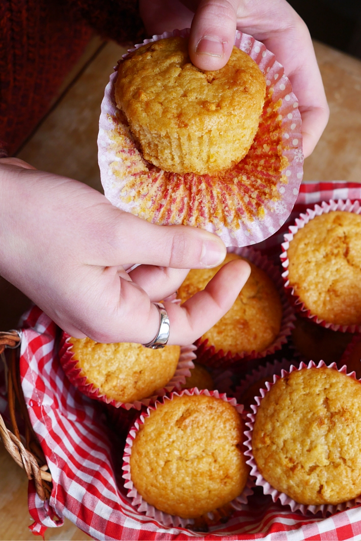 Vegan Apricot Muffins