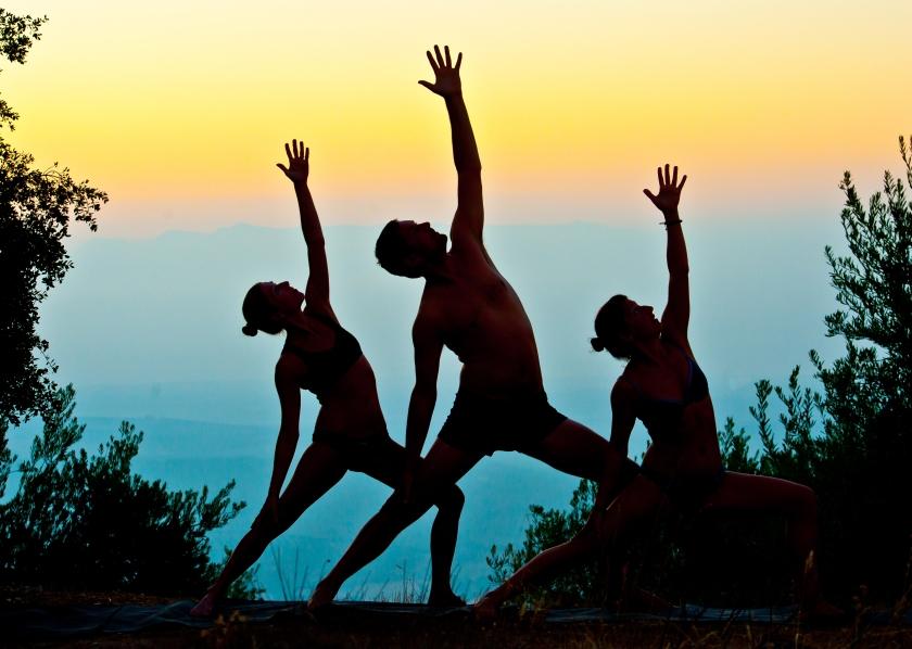 Lovefit-Yoga-01.jpg