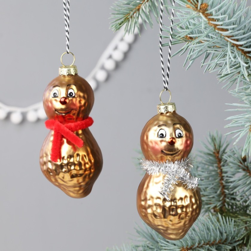 mr-and-mrs-peanut-baubles-O21A4190-900x900